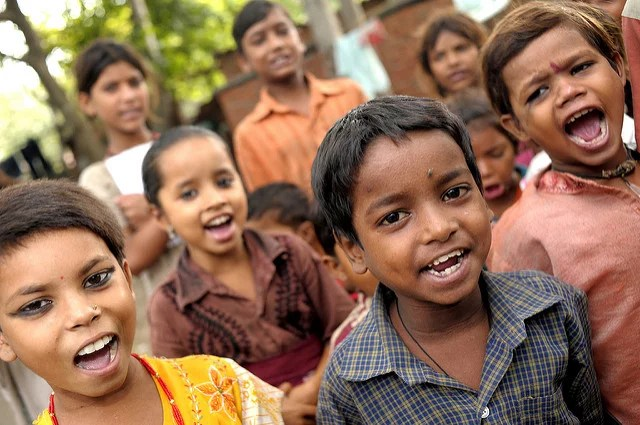 Delhi bus schools - DFID (CC BY-NC-ND 2.0)