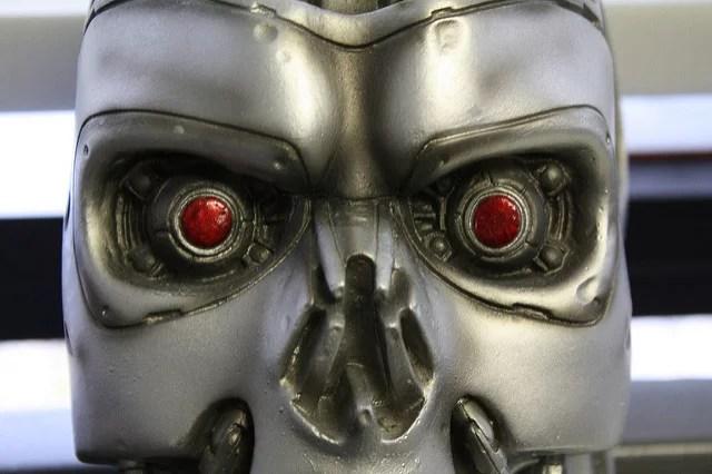 Les robots sont-ils dangereux pour l'emploi ?