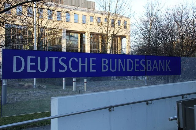 Deutsche Bundesbank filiale Munchen by Metropolico.org(CC BY-SA 2.0)