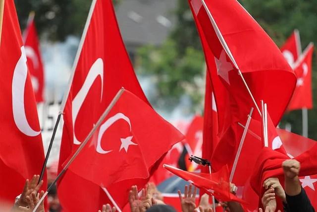 Pourquoi la Turquie intervient-elle en Syrie ?