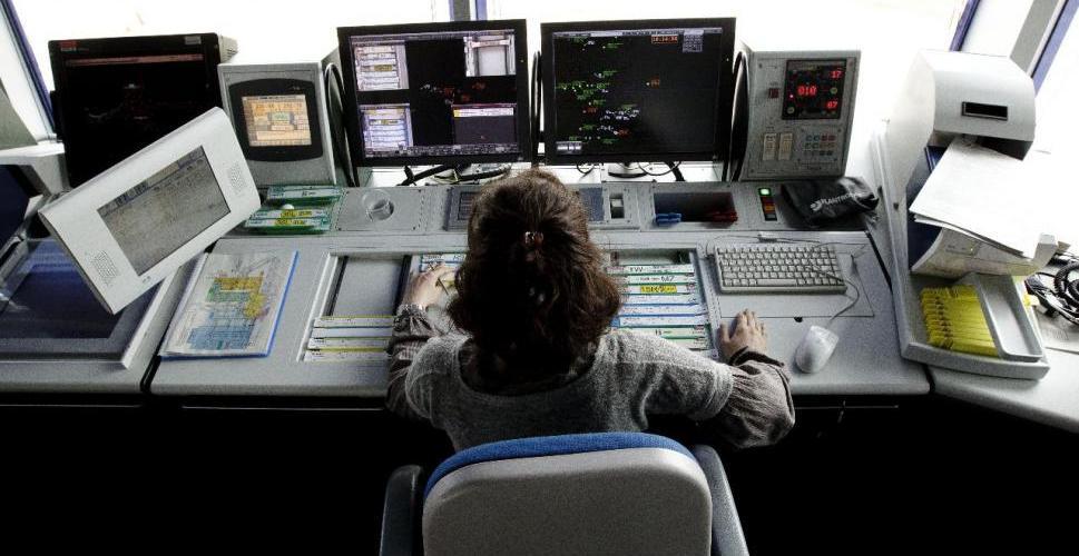 USCA apoya a la controladora argentina que ha sido juzgada públicamente por la difusión de una grabación en frecuencia