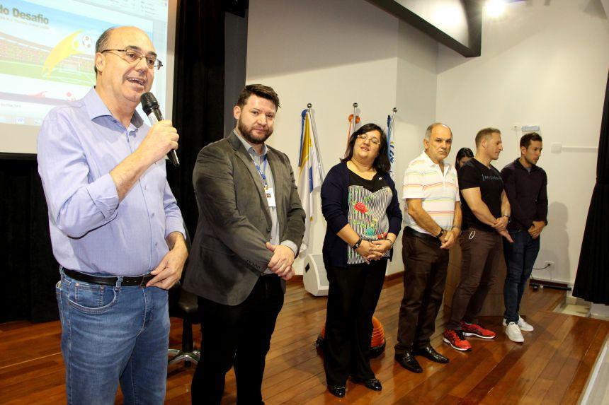 Prefeito de Ivaiporã, Miguel Amaral, incentiva população a se exercitar