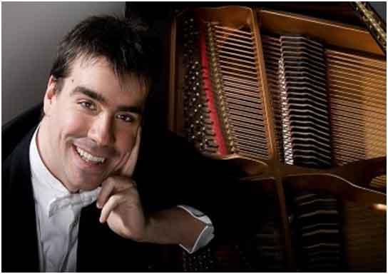 Risultati immagini per Le sonate di Beethoven. Al piano il maestro Riccardo Schwartz