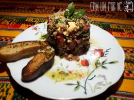 Timbal de ensalada de quinoa y lentejas