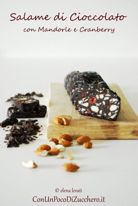 salame-di-cioccolato-mandorle-e-cranberry
