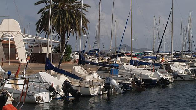 Puerto deportivo Mar de Cristal