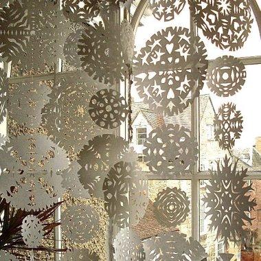 Snowflake window display