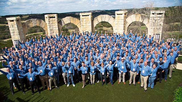 Convergint Colleagues Group photo header image