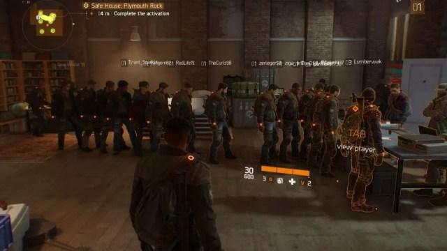 Jogadores fazem fila para iniciar seu agentes em The Division