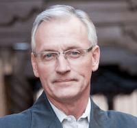 Anthony Helmstetter, Strategist
