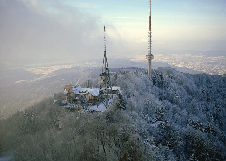 Uetliberg Zrich  Aussicht Aussichtsturm Wandern  Info CH