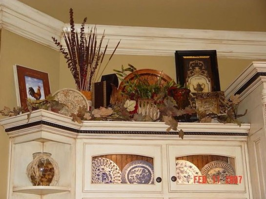 Awesome Decorating Above Kitchen Cabinets 47