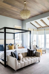 Awesome Farmhouse Style Master Bedroom Ideas 44