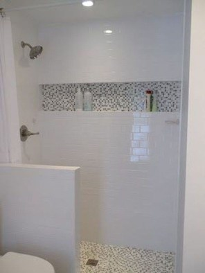 Creative Master Bathroom Shower Remodel Ideas 07