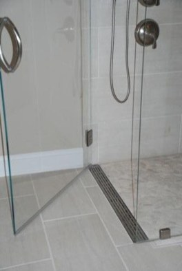 Creative Master Bathroom Shower Remodel Ideas 08