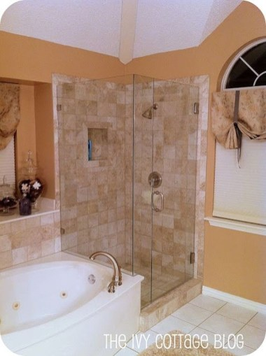 Creative Master Bathroom Shower Remodel Ideas 17
