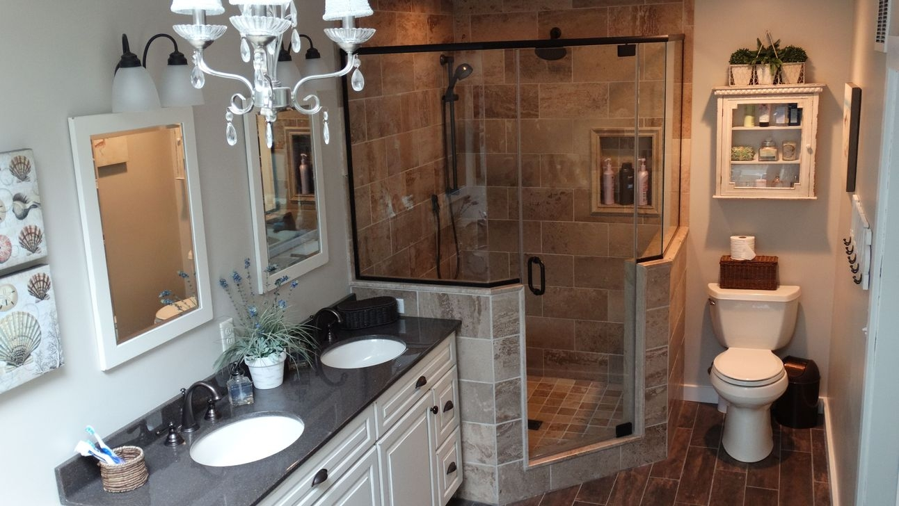 Creative Master Bathroom Shower Remodel Ideas 18