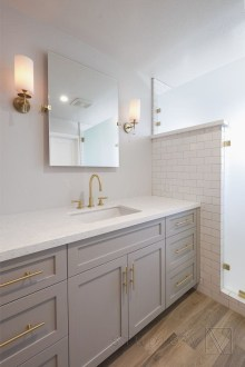 Creative Master Bathroom Shower Remodel Ideas 48