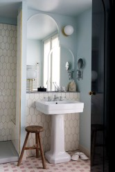 Stunning Vintage Bathroom Decor Ideas Trends 2018 22