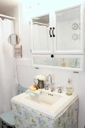 Stunning Vintage Bathroom Decor Ideas Trends 2018 26