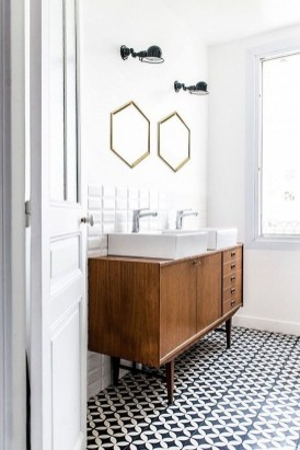 Stunning Vintage Bathroom Decor Ideas Trends 2018 28