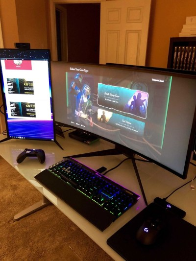 Unique Gaming Desk Computer Setup Ideas 10