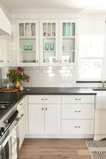 Cute Farmhouse Kitchen Backsplash Ideas 12