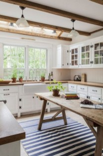 Cute Farmhouse Kitchen Backsplash Ideas 40