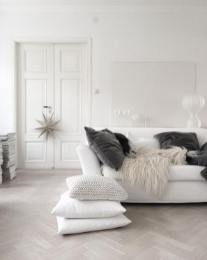 Lovely White Fall Decor Ideas For Interior Design 36