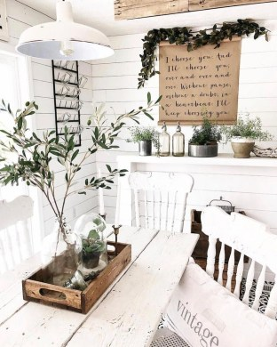 Lovely White Fall Decor Ideas For Interior Design 47