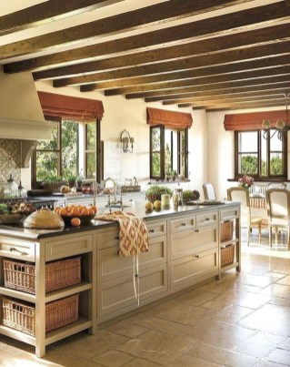 Stunning Farmhouse Kitchen Color Ideas 25