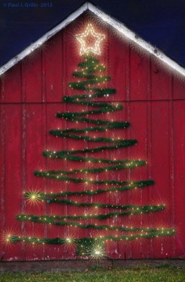 Cozy Rustic Outdoor Christmas Decor Ideas 45