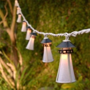 Exciting Christmas Lanterns For Indoors And Outdoors Ideas 44
