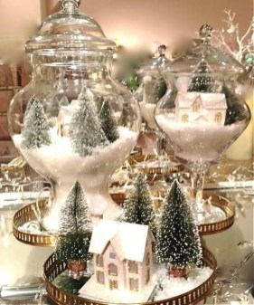 Inspiring Christmas Centerpiece Ideas 09