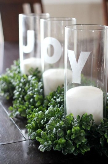 Inspiring Christmas Centerpiece Ideas 51