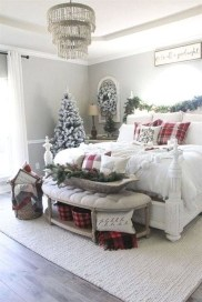 Stunning Christmas Bedroom Decor Ideas 20