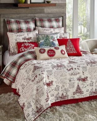 Stunning Christmas Bedroom Decor Ideas 32