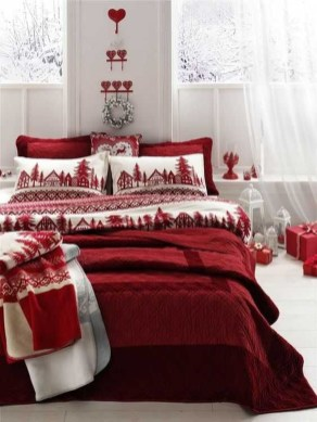 Stunning Christmas Bedroom Decor Ideas 33