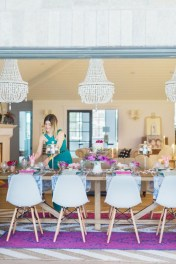 Charming Dining Room Decor Ideas For Valentines Day 04