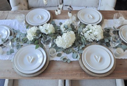 Charming Dining Room Decor Ideas For Valentines Day 50