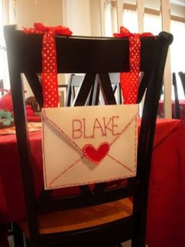 Comfy Valentine Decor Ideas For This Year 14