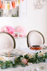 Cute Table Setting Ideas For Valentines Day 51