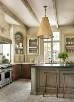Delightful French Country Kitchen Design Ideas 22