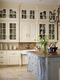 Delightful French Country Kitchen Design Ideas 34