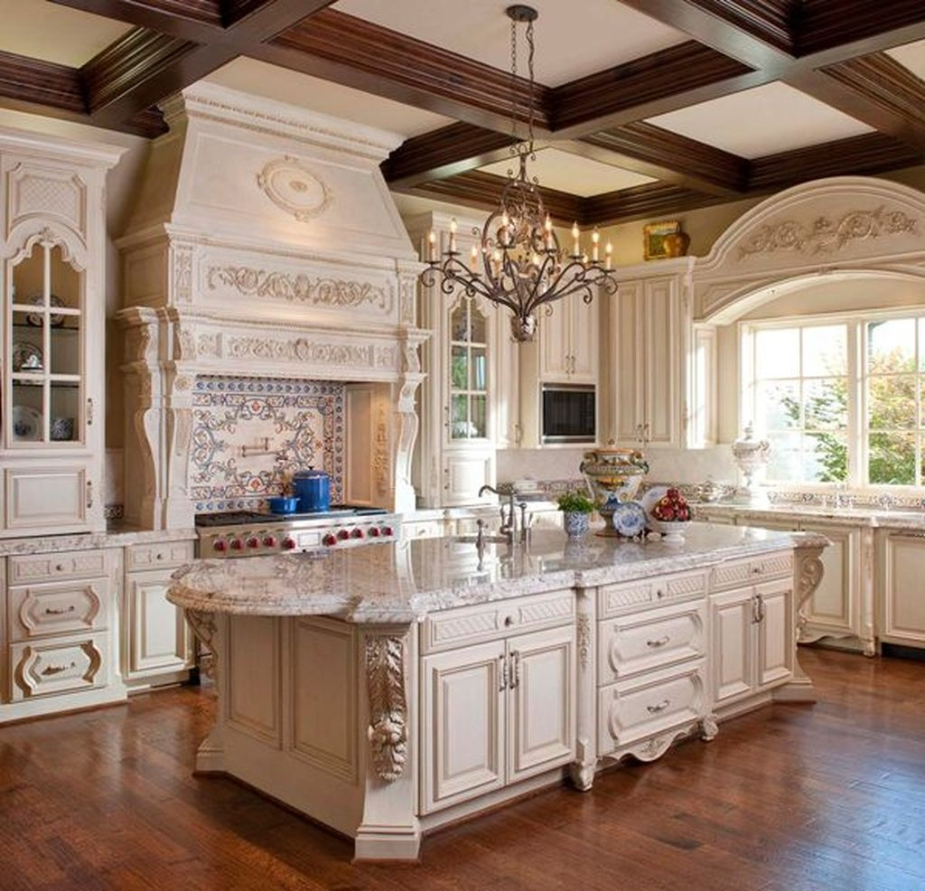 Delightful French Country Kitchen Design Ideas 42