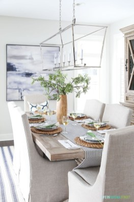 Amazing French Country Dining Room Table Decor Ideas 09