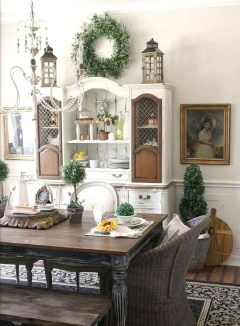 Amazing French Country Dining Room Table Decor Ideas 35