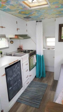Amazing Travel Trailers Remodel Rv Living Ideas 42