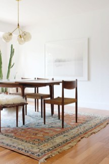 Modern Mid Century Dining Room Table Decor Ideas 26