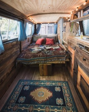 Wonderful Rv Camper Van Interior Decorating Ideas 38